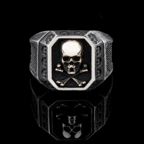 Edward Gold- silver & gold cross bones skull ring