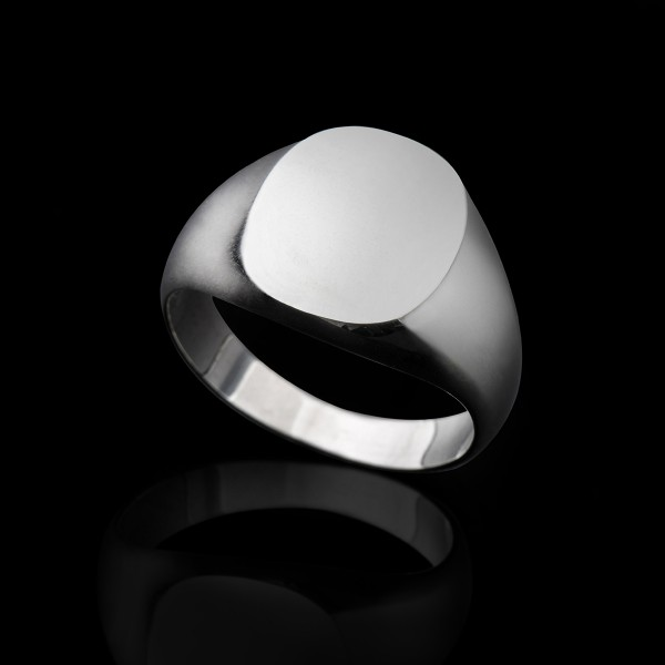 Bonnie- Silver Signet Ring